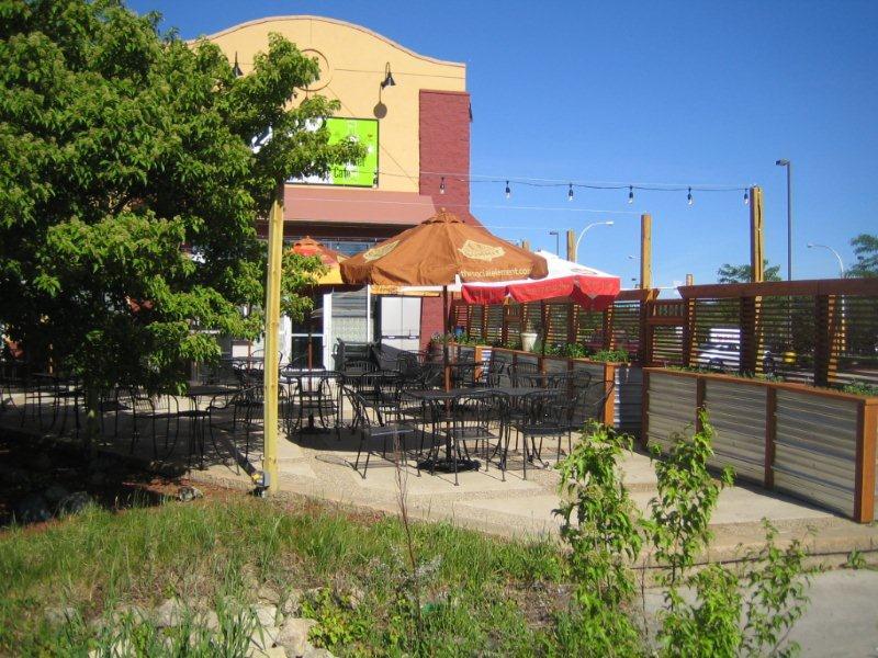 Restaurant patio uncovered